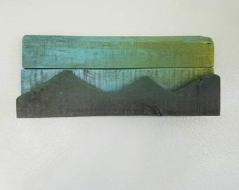 Over the Mountains pallet art.