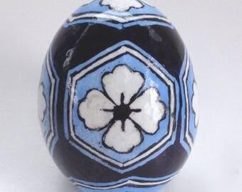 Chicken Egg Pysanka, Japanese Geometric