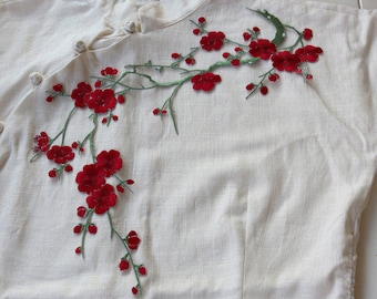 Iron-on Plum Blossom Embroidered Appliques,Adhesive Embroidered Flowers,Patches For Dress Supplies(83-16)