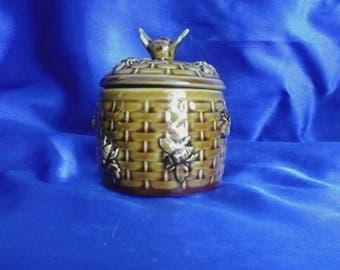 Porcelain Bee Honey Pot Basket Design