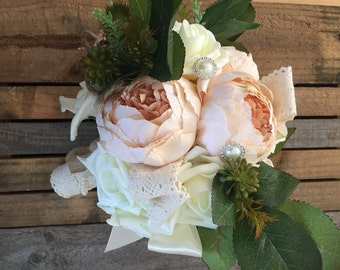 Ivory rose, peonie and rustic hessian bouquet (Medium sized Bridesmaid)