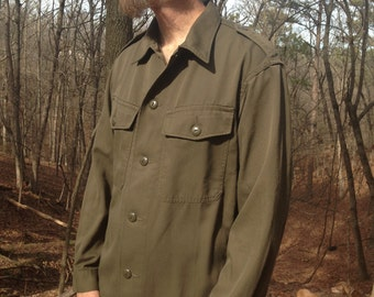 Vintage 1980's Austrian Military Shirt Jacket / Dark Olive Green / Available in size Large