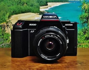 Vintage MINOLTA MAXXUM 5000 Autofocus ( AF ) 35mm Film Camera, 35~70mm f/4 Macro Zoom Lens, Circa: 1986, Very Clean!