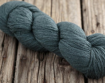 Lace, knitting lace, Fyberspates Scrumptious Lace, Shade Wine Gum