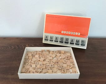 Vintage Anagrams Game - Scrabble Game - 1964