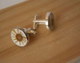 Pressed Flower Cufflinks, Real Flower Cufflinks, Nature Cufflinks, Fathers Day Gift, Gifts for Him, Daisy Cufflinks