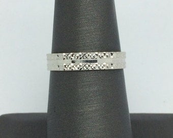 18K Solid White Gold Diamond Cut Band/ Ring