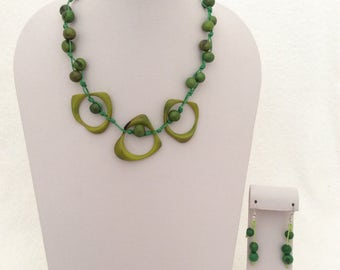 Tagua Necklace, Ecofriendly Necklace, Tagua Nut Necklace, Beaded Necklace, Handmade Necklace, Gifts for Mom, Gifts for Her