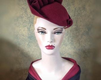 Vintage style,  Burgundy Sculptured  felt hat, 1940s inspired