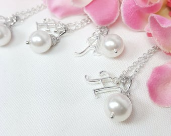 Set of 4 Bridesmaid Necklaces, Pearl Necklace Initial, Personalized Wedding Jewelry, Custom Initial Monogram, Solitaire Pearl Necklaces