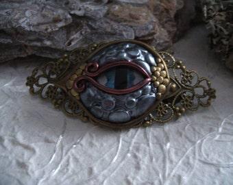 Dragon eye hook