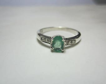 natural emerald and natural diamond ring, emerald ring,diamond ring,WOOW