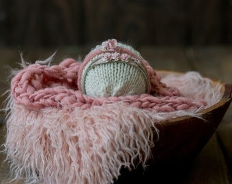 Coordinating  Newborn Prop in Pink - Faux Fur, Bump Blanket and Two Tie-backs