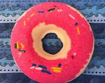 Beach City's Big Donut Strawberry Glazed Donut Scented Bath Bomb