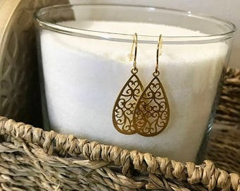 Oriental filigree teardrop earrings