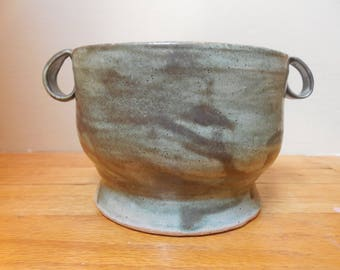 """Green """"stone look"""" bowl"""