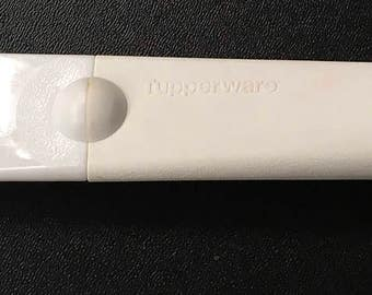 Vintage Tupperware Sandwich Spreader Serrated Edge Frosting  Knife 3307A White
