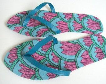 Floral flip flops Blue thong sandals with pink flower design