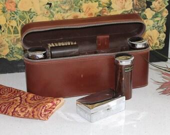 Vintage Travel Set/Gentlemans Travel Set/1940 Leather Travel Kit/Shaving and Grooming(Ref1956V)