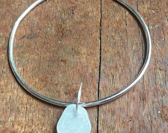 Silver Sea Glass Bangle,Single Sterling Silver Bangle with Sea Glass on sterling silver ring, sea glass,bangles,bracelets,jewellery,UK