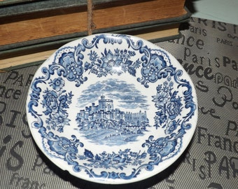 Mid-century (c.1960s) Wedgwood Royal Homes of Britain Blue fruit nappie, berry or dessert bowl. Blue-and-white transferware.