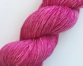 "ROADRUNNER  soft singles, colorway ""Just Pink"" - hand dyed fingering yarn  (100 gr/400 yds)"