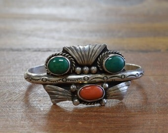 Vintage Navajo Sterling Silver Green Turquoise And Coral Cuff Bracelet