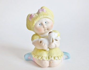 Cabbage Patch Doll Figurine Vintage Cabbage Patch Kids Collectible 1984, Blonde Girl with Dog Bisque Porcelain Figure, Decor for Girl's Room