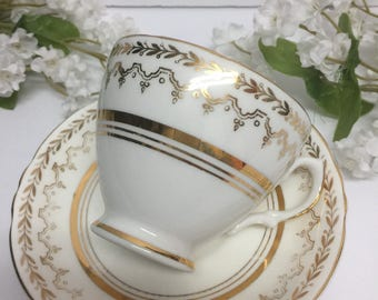Vintage tea cup, fine china bone Tea cup, cottage chic white and gold tea cup, tea party Saucers, Crownford Vintage tea cup, made in England