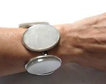 YSL Yves Saint Laurent LARGE silver tone Faux Mother of Pearl MOP link bracelet