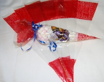 "Small Red Party Bags - Cone Cellophane Display Bags with FREE Twist Ties - 45 micron - 8.5"" x 6"""