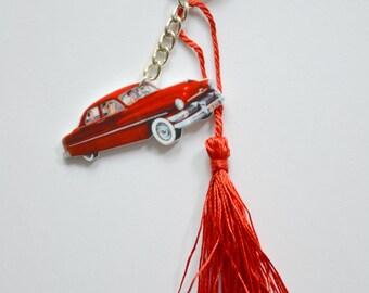 Tassel flower heart pin-up cadillac keychain