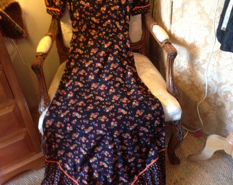 Jobi long 70's vintage cotton maxi dress. Dutsy print. Good. 32 bustx57 lgth