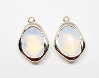 G002703/White Opal/Gold plated over brass/Uneven Rhombus faceted Glass Pendant/12.3x 18mm/2pcs