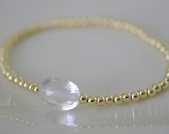 Stretch Bracelet with quartz crystal