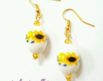 Beaded sunflower earrings, sunflower jewelry, sunflower earrings, porcelain bead earrings, springtime jewelry, floral earrings, sunflowers