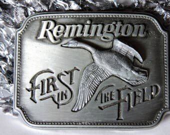 Belt Buckle Remington First in Field Pewter Tone