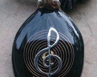 music clef resin teaspoon pendant