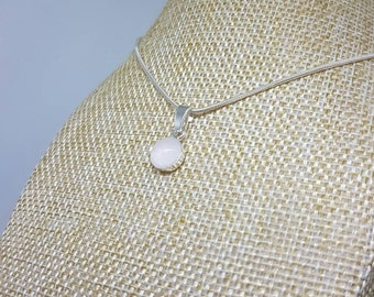 Rose Quartz necklace | semiprecious,crystal,gemstone | gifts,gift for her,gift for mum/mom,wedding | pink