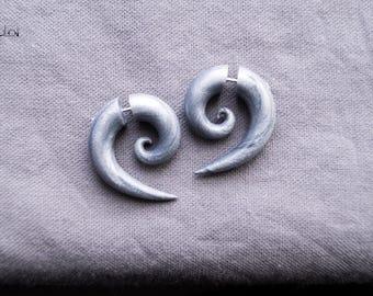 Spiral fake gauge earrings silver gray fake plugs fake gauges