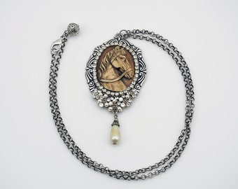Necklace - Charmer