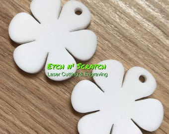 Laser Cut Acrylic or Tmber Veneer flower daisy shape With jump ring holes various colours available