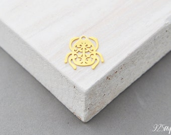 925 Sterling Silver scarab gold plated, scarab pendant, scarab charms, scarab, beetle silver, openwork silver, rosette pendant, gold
