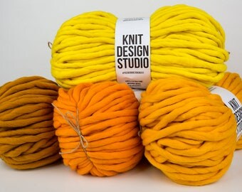 4 kg (8,8 lb) #PremiumMerinoMaxi - Super Chunky Yarn for Chunky Knits, Blanket Yarn, Super bulky Yarn, Big Yarn, Very Thick Yarn, 42 colors