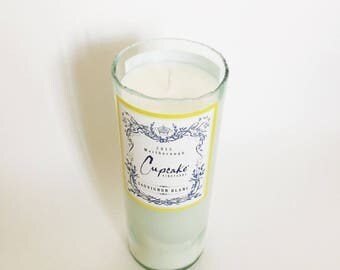 Sauvignon Blanc Candle/ white wine scent/Wine bottle/ Recycled/ Natural Soy Wax Candle/ zero waste/ Unique hostess Gifts/ Cupcake wine