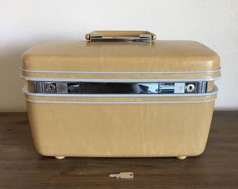 Vintage Samsonite Contour Train Case; Mirrored Train Case; Samsonite Luggage; Vintage Train Case; Samsonite Train Case; Luggage with Key