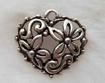 Delightful Heart Charm