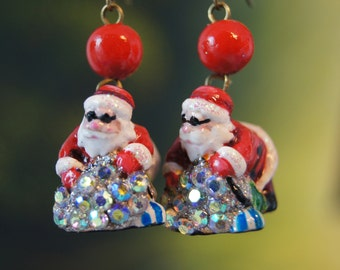 Father Christmas Earrings, papier-mache Christmas Earrings, Santa Claus Earrings, Handmade papier-mache Christmas Earrings, North Pole Santa