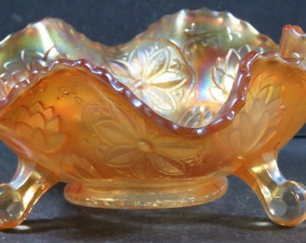 Carnival Glass Fenton Marigold Tripod Footed Bowl Poinsettia Water Lily Leaves+
