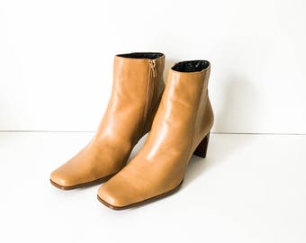 Ankle boots - Leather boots 7M - Cognac Leather boots - Zip up ankle boots - White Mountain boots - Boho boots